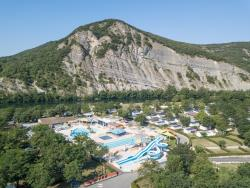 Establishment Camping La Plage Fleurie - Vallon Pont D'arc