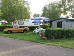 Pitch Great Comfort - 2 people + car + caravan + electricity + water and waste water.