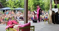 Entertainment organised Camping De Wildhoeve - Emst