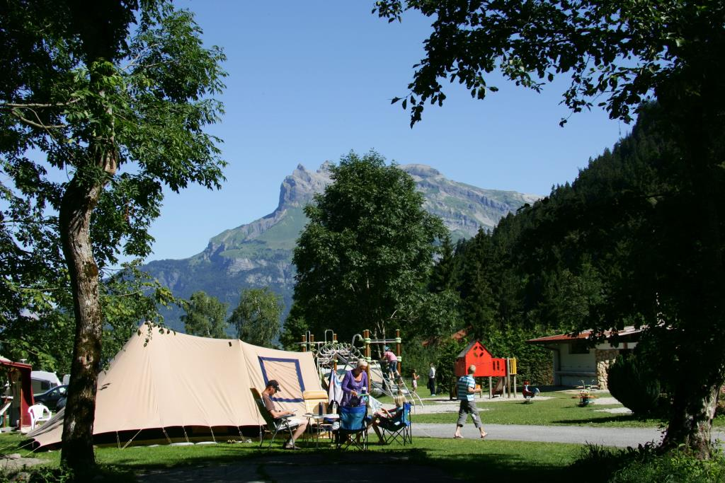 Nature & Lodge Camping Les Dômes de Miage