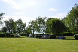 Pitch - Pitches 100M² - 200M² With Vehicle - Camping La Ferme du Lac