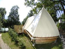 Locatifs - TIPI sans sanitaire 19m² 2 chambres - Camping les Fontaines