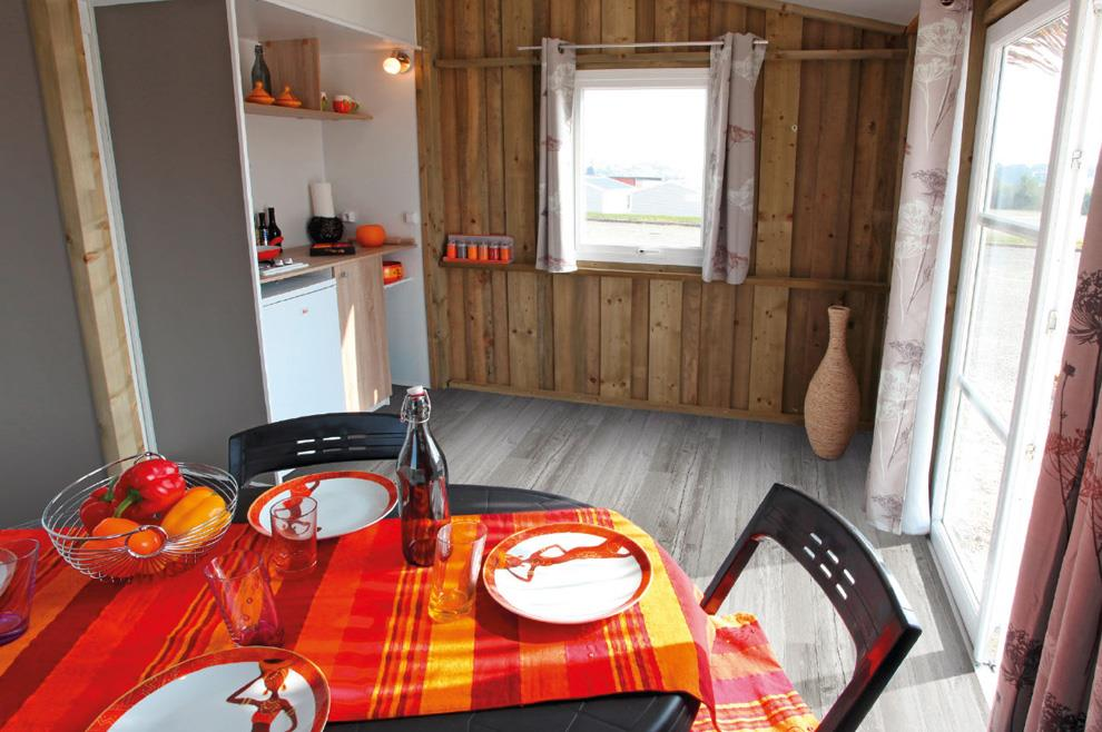Location - Chalet 2 Chambres - Sans Sanitaires - Camping Le Coin Charmant