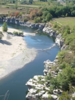 Beaches Camping Le Coin Charmant - CHAUZON