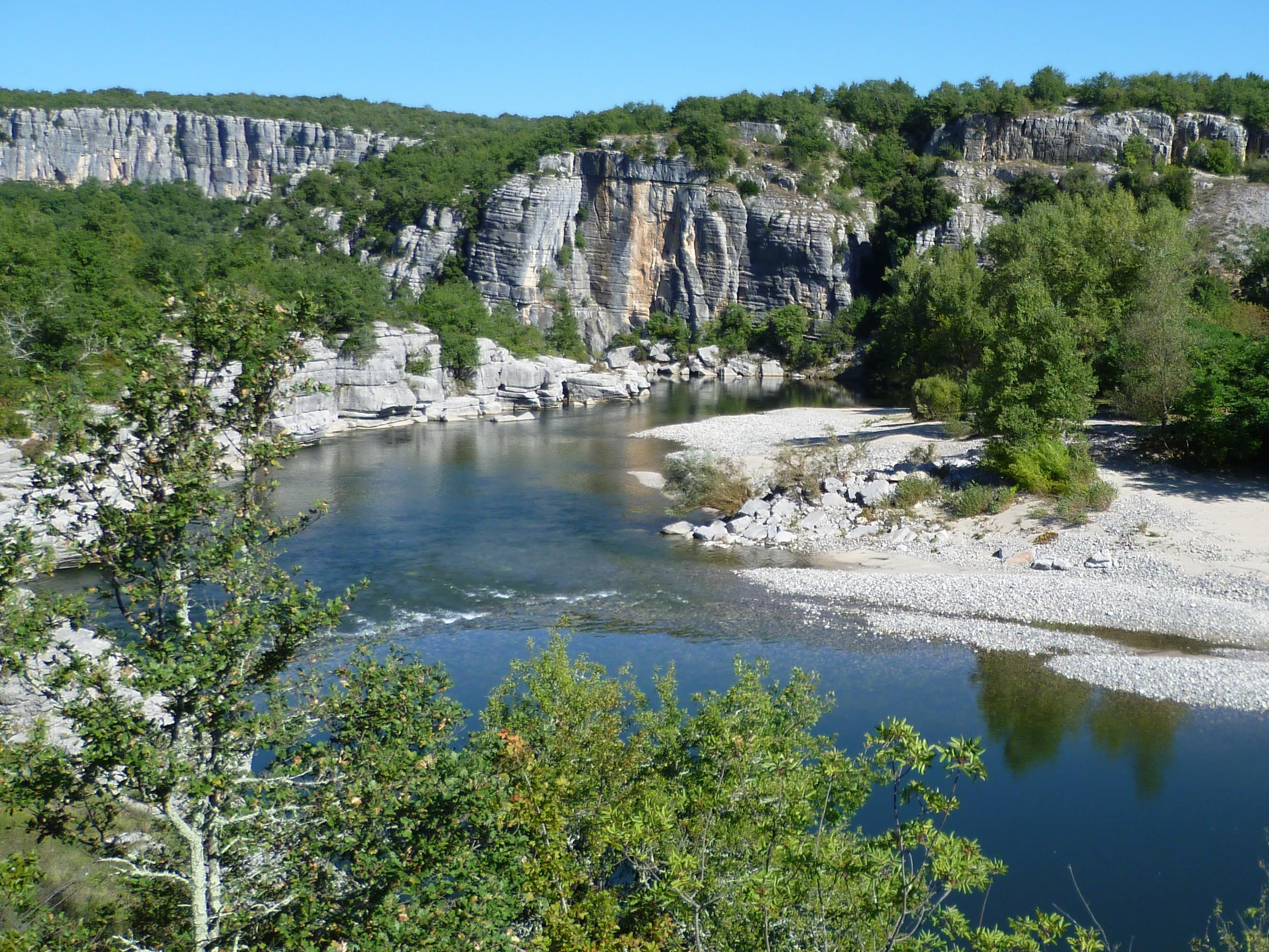 Camping Le Coin Charmant - Chauzon