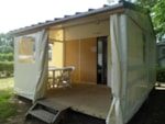 Pitch - Lodge Tithome without toilet block 21m² - Domaine du Camping des Sources
