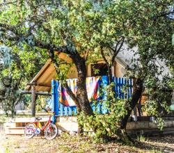 Accommodation - Teepee 19M² S (2 Bedrooms + Terrace - Without Toilet Blocks) - Camping L'Ombrage