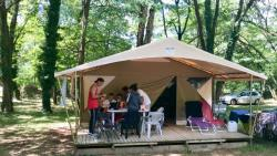 Location - Bungalow Toilé Canada N°4 - Camping Les Acacias