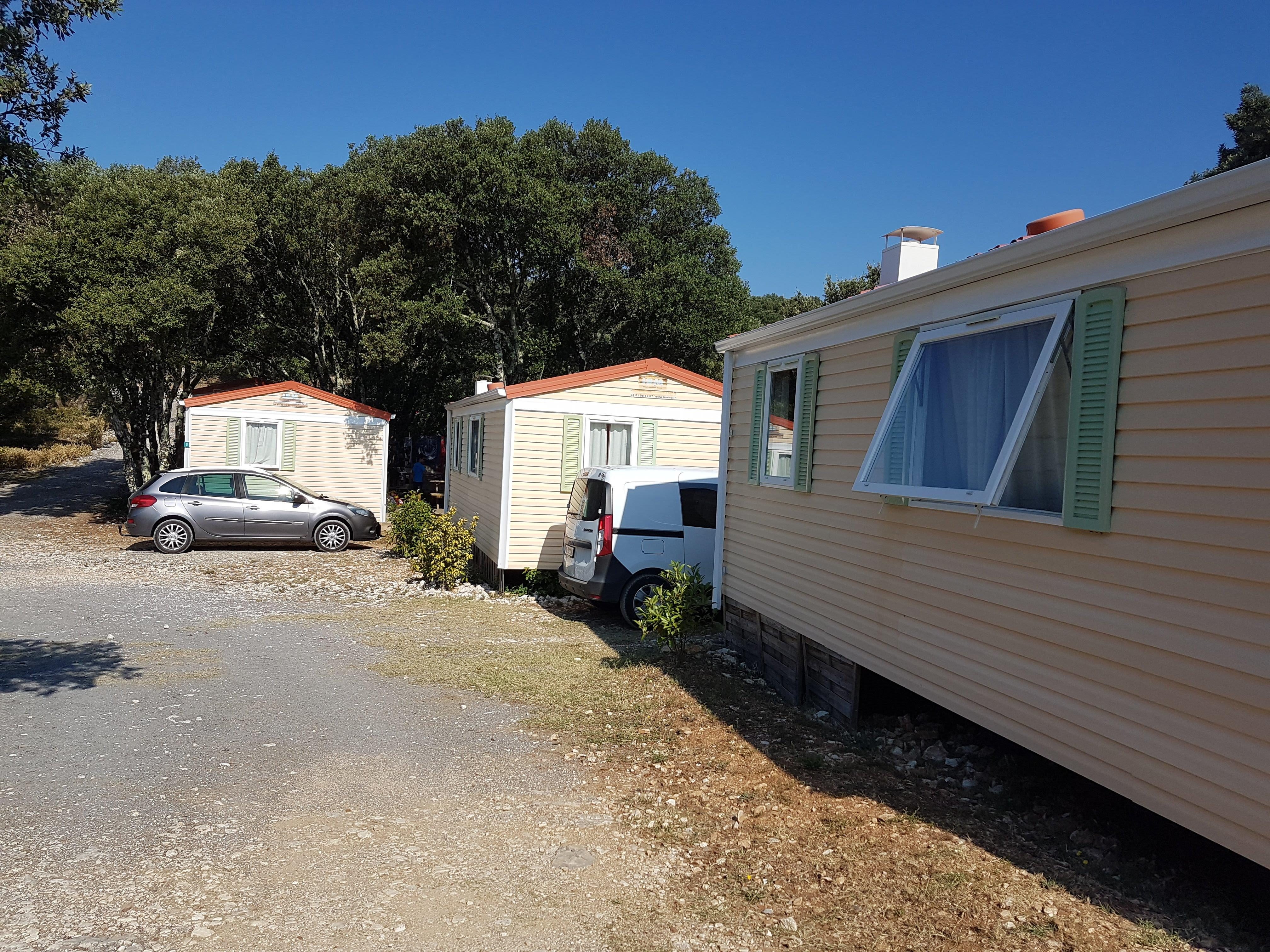Location - Mobil Home Avec Sanitaires - Camping Ibie