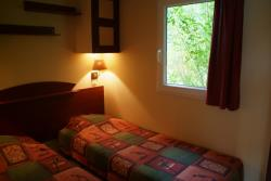 Double Or Twin Bedroom + Single Bedroom, Including Evening Meal And Breakfast.