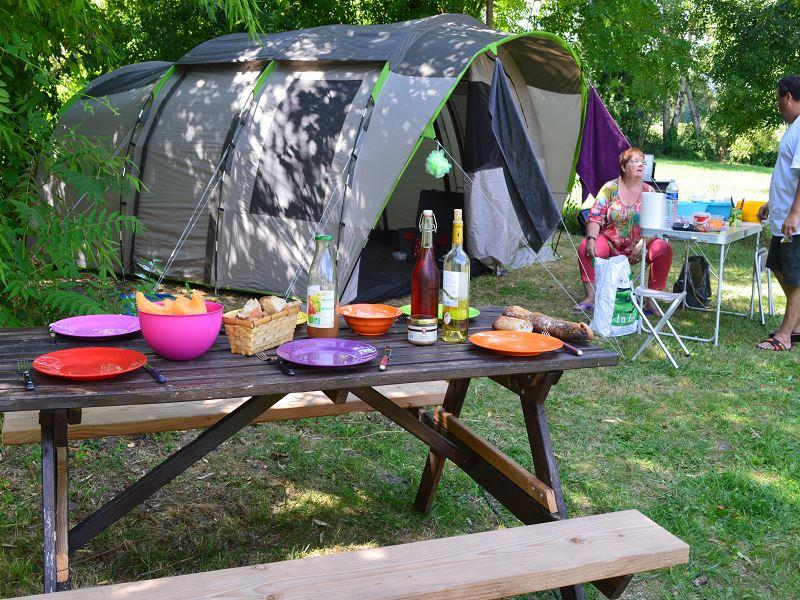 Pitch NATURE tent or caravan (100-200m²)