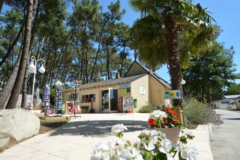 Bedrijf Flower Camping le Fort Espagnol - CRACH