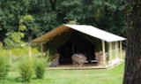 Rental - Bush Tents + 37 M² (2 Bedrooms) - Covered Terrace 13 M² - Domaine de Kervallon