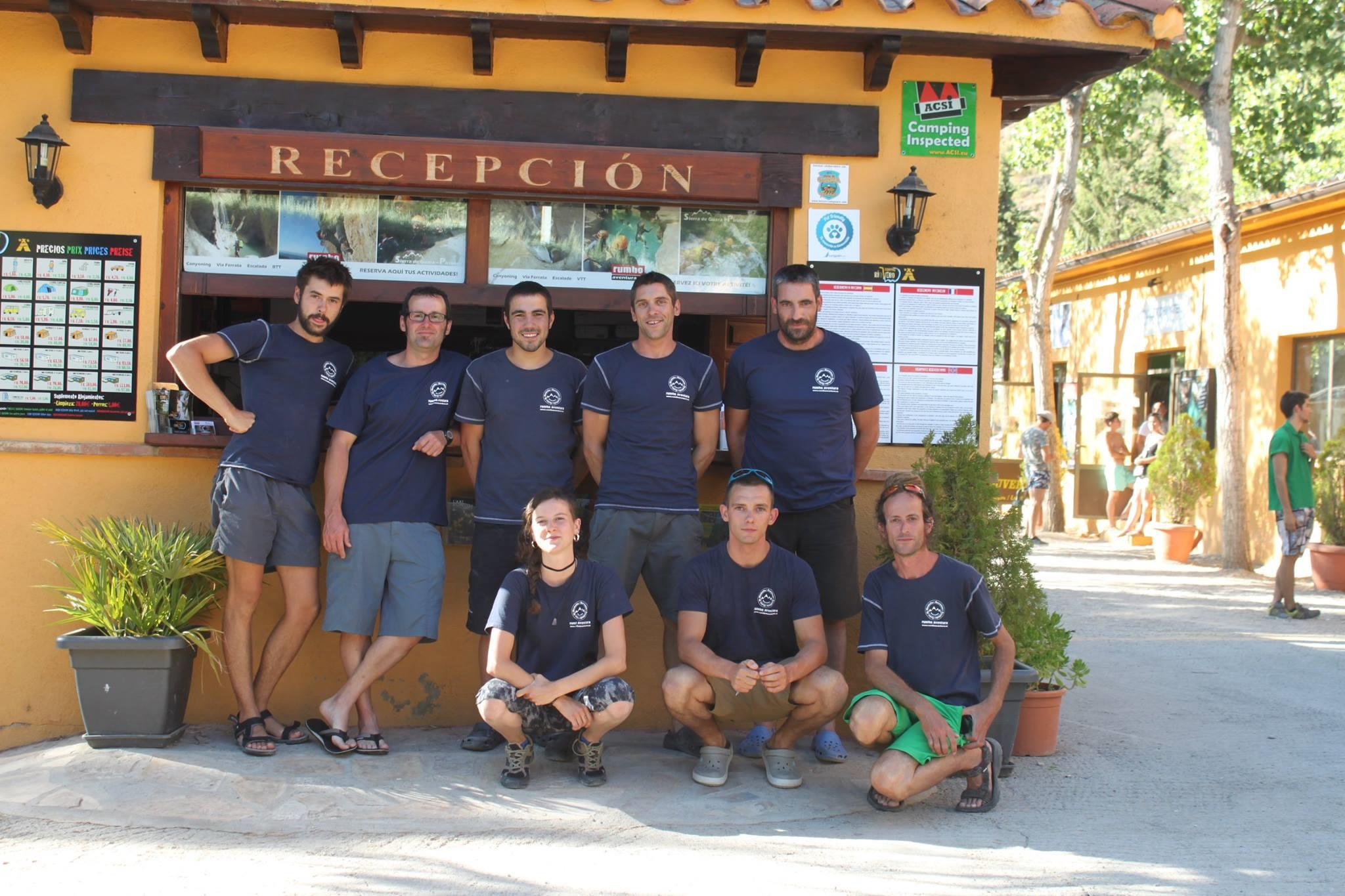 Reception team Camping RIO VERO - ALQUEZAR