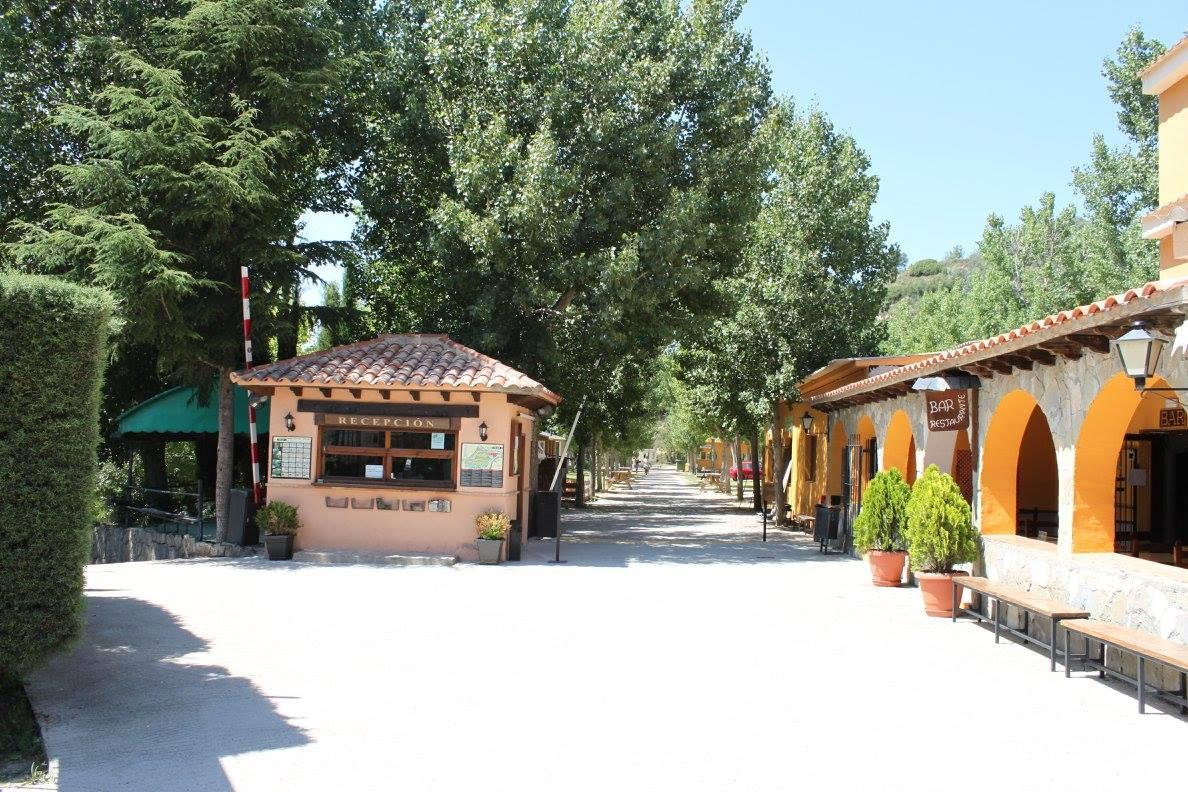 Establishment Camping Rio Vero - Alquezar