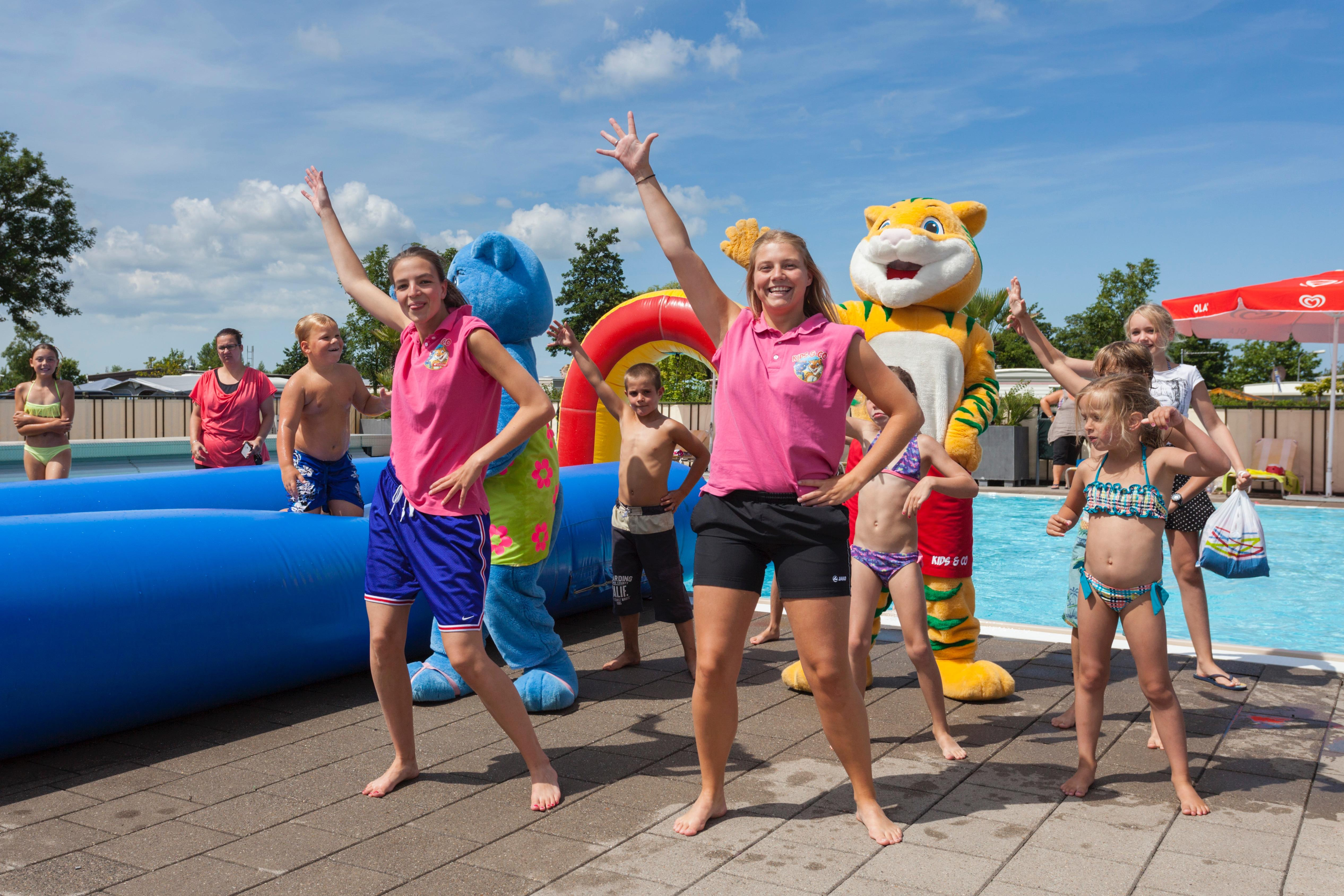 Entertainment organised Familiecamping De Molenhoek - Kamperland