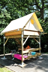 Pitch - BIVOUAC  PITCH - Canvas tent raised on stilts - bed * 2 - Table - Elect. 16A - - Castel La Garangeoire