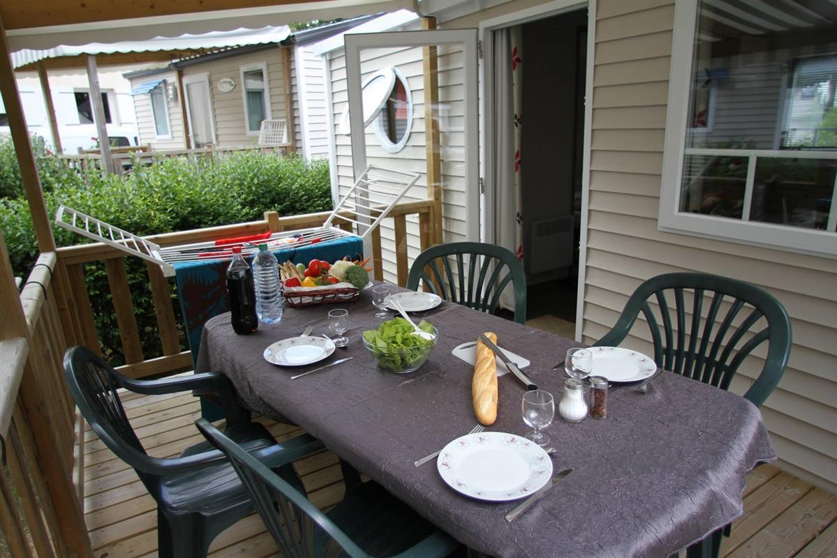 Mobile home 'Evasion Confort' 29m² + 2 bedrooms + sheltered terrace 13.5m²