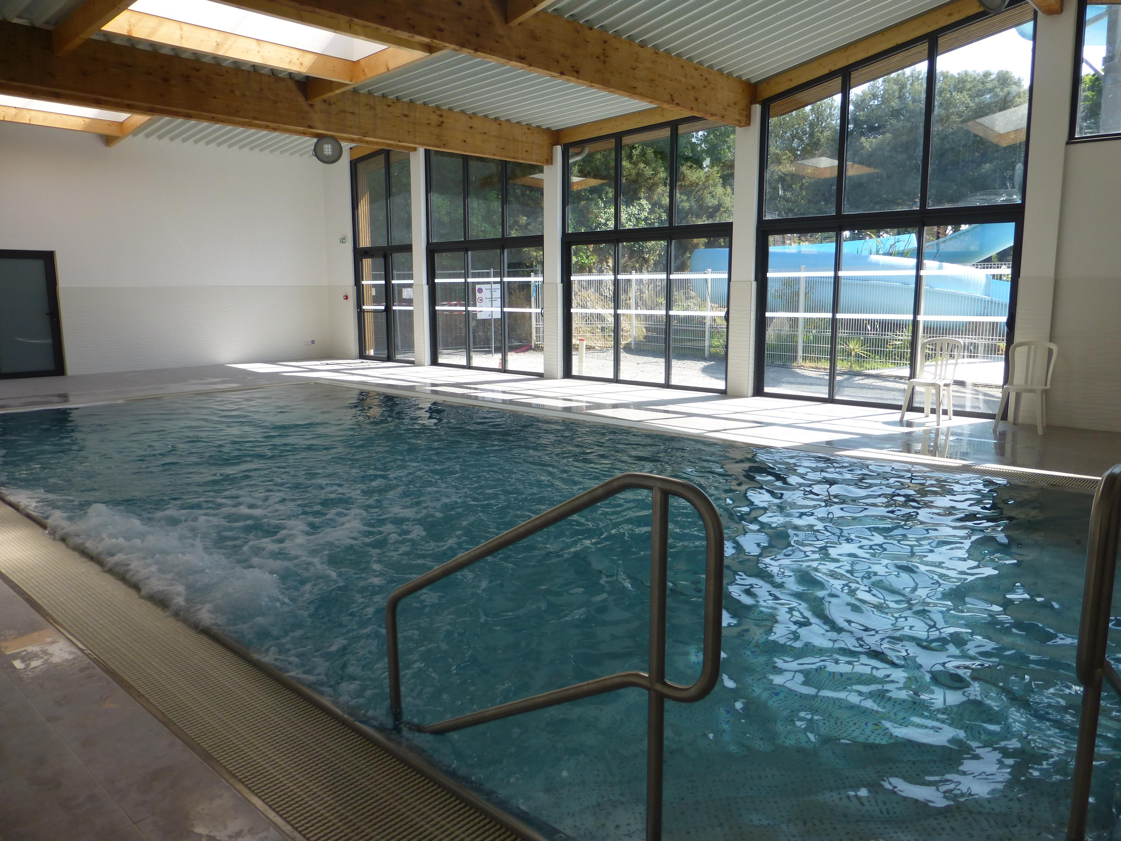 Beautiful la baule pitches rentals with cash piscine la for Cash piscine la roche sur yon telephone