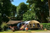 Pitch - Pitch NATURE + 1 vehicle - Camping La Tabardiere