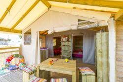Eco-lodge 4 people (without sanitary) 19m² + terrace 10m²
