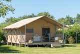 Rental - Glamping Woody lodge 3 bedrooms, 35m², without toilet blocks, clim - Camping Village de La Guyonnière