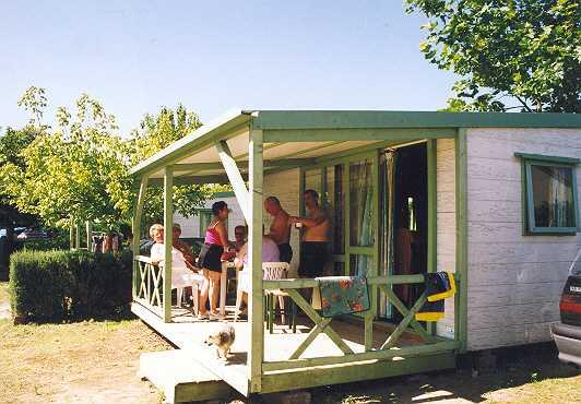 Rental - Cottage / Chalet Confort 2 Bedrooms - Camping Zagarella