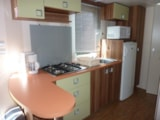 Rental - Comfort Cottage 4/5pers 25 to 27m² (2 bedrooms) (saturday - saturday) - TV - Camping Plein Sud