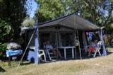 Pitch - Comfort Package (1 tent, caravan or motorhome / 1 car / electricity 10A) - Flower Camping Le Petit Paris