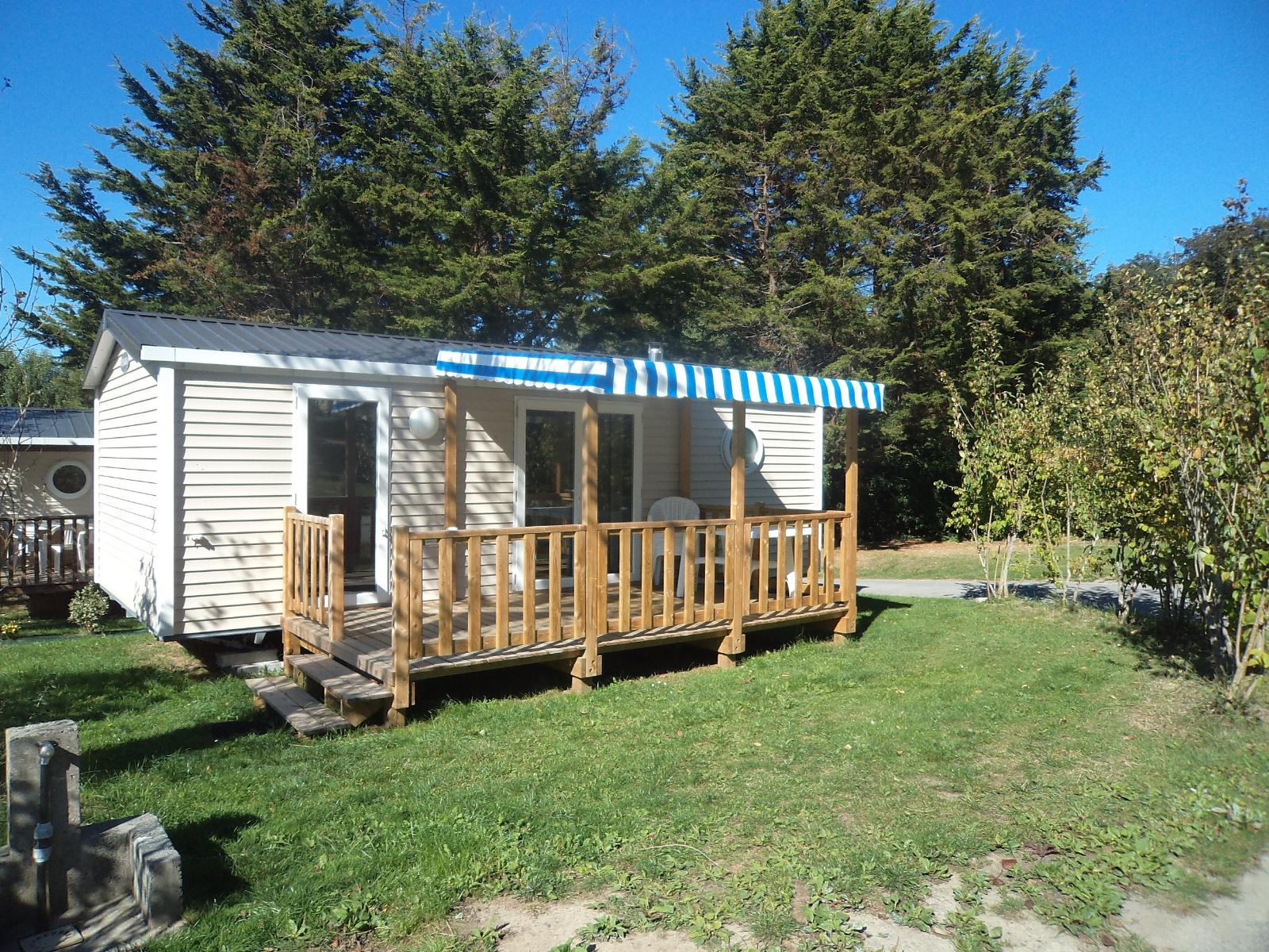 Mobil-home Grand Confort+ 29.20m² (2 chambres) + terrasse couverte (10/11 nuits)