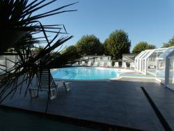 Establishment Camping Saint Hubert - Talmont St Hilaire