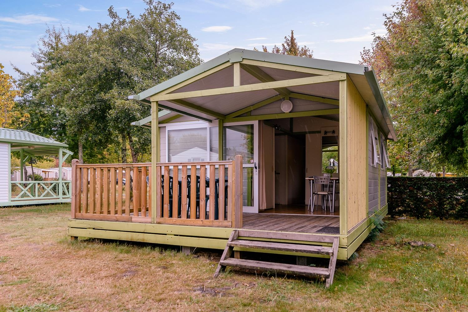 Location - Chalet 2 Chambres - 27M² - Camping L'Arbre d'Or