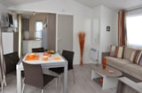 Rental - Mobile-home VIP 2 bedrooms > 28 m² < 7 years - Camping Les Mizottes