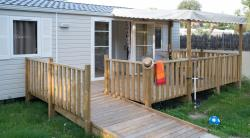 Mobile-home 2 bedrooms (adapted to the people with reduced mobility) + Half-covered terrace