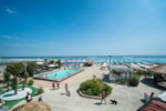 Beaches Tahiti Camping & Thermae Bungalow Park - Lido delle Nazioni