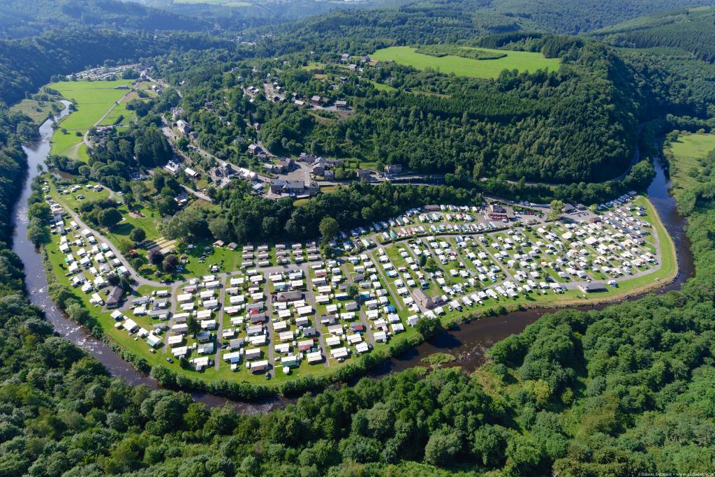 Establishment Camping Floreal - La Roche-En-Ardenne