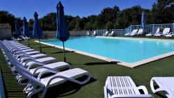 Establishment Camping De Bergougne - Villereal