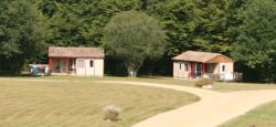 Rental - Chalet 47m² - 2 bedrooms / Half-covered terrace - Domaine naturiste de Chaudeau
