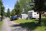 Pitch - Pitch : car + tent/caravan or camping-car - Domaine du Pra de Mars