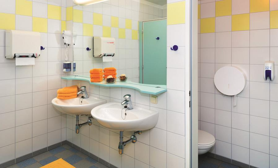 Accommodation - Privat Bathroom Rental 1 - CAMP MondSeeLand