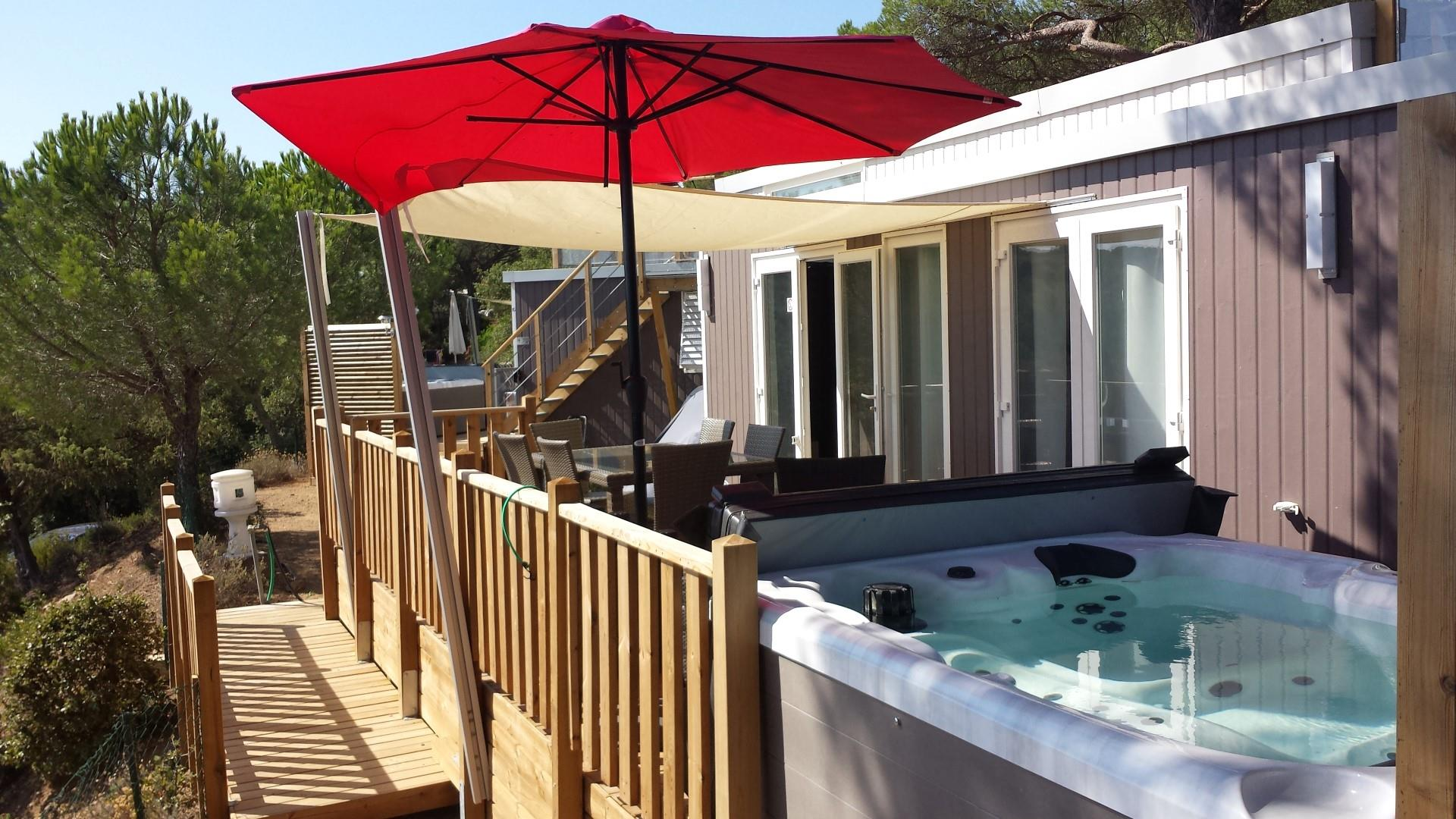 Location - Mobilhome Vip Cap Deseo 34 M² Avec Jacuzzi - Camping Les Lauriers Roses
