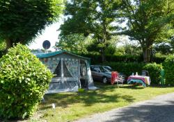 Privilege Package (1 tent, caravan or motorhome / 1 car / electricity 10A) + Water point