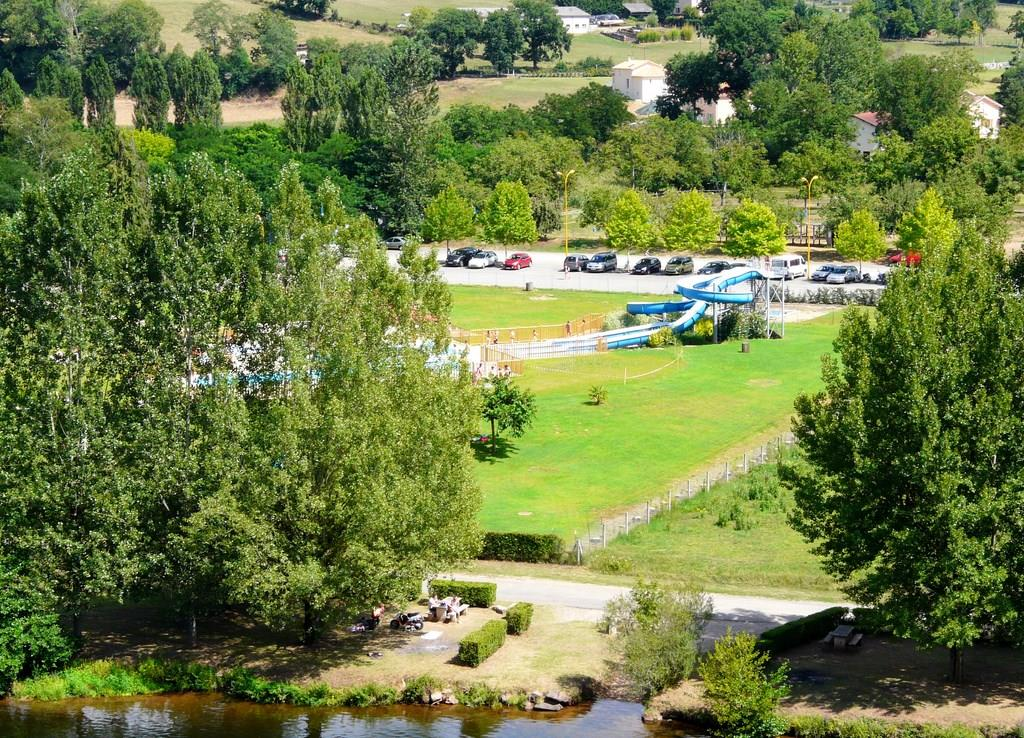 Betrieb Escapade Vacances - Camping Le Port Lacombe - FLAGNAC