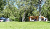 Pitch - Pitch Nature 80m² with vehicle - Camping de Boÿse