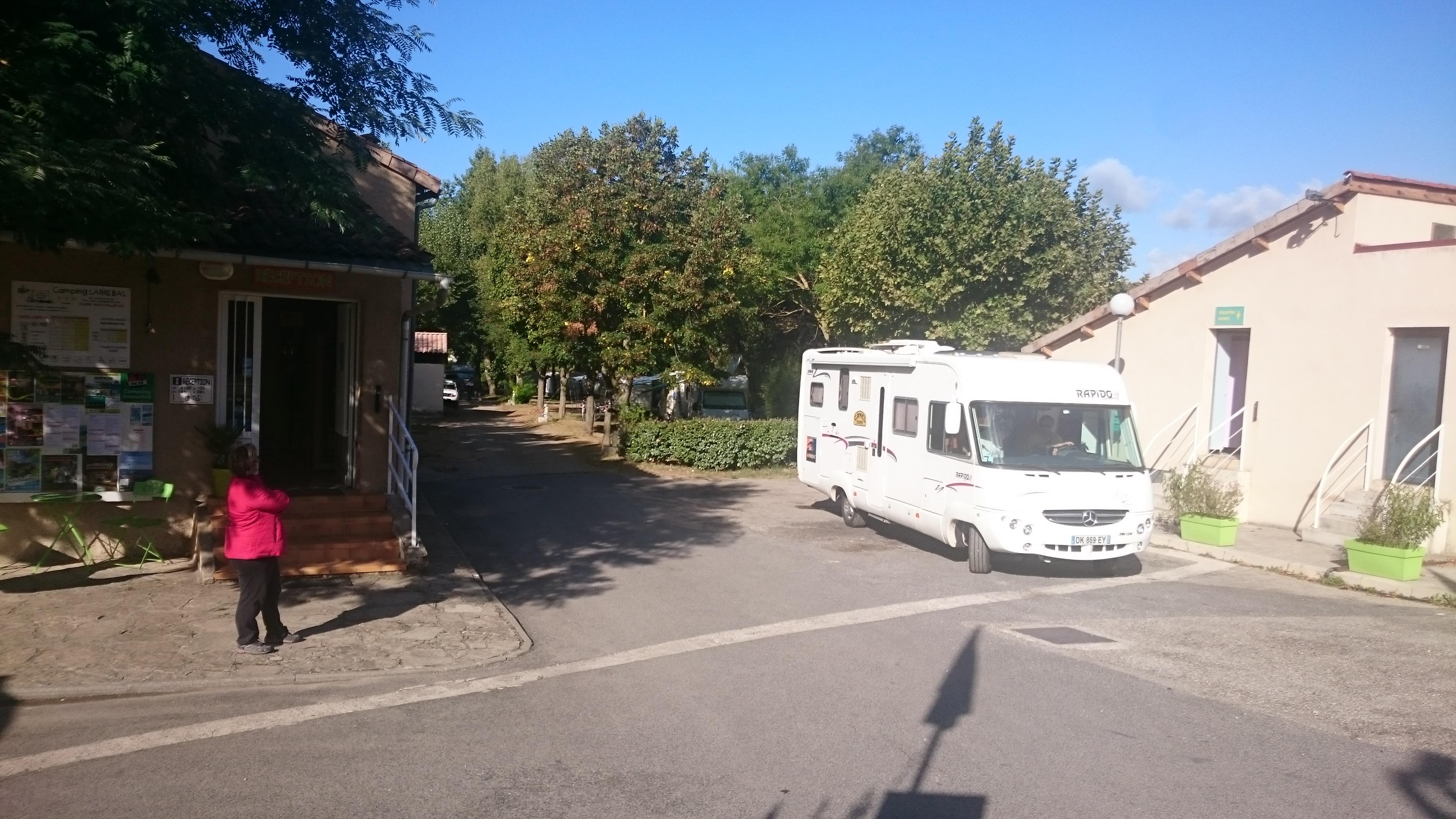 Owner Camping LARRIBAL - MILLAU