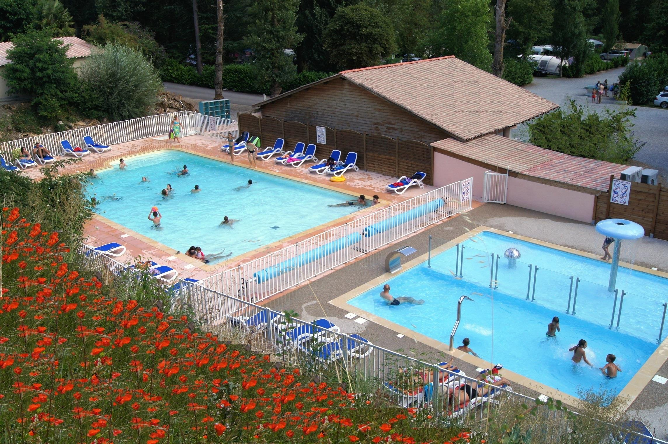 Establishment Camping Les Bords du Tarn - MOSTUEJOULS