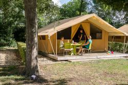 Accommodation - Tent Safari - Camping**** et Base de Loisirs La Plaine Tonique