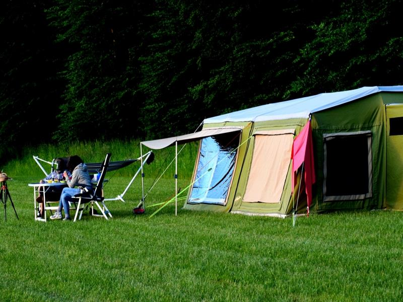 Pitch Big Tent For 6 People + Car / Motorcycle