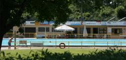 Bathing Camping Am Waldbad - Hameln