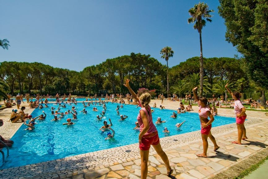 Establishment Baia Domizia Villaggio Camping - Baia Domizia